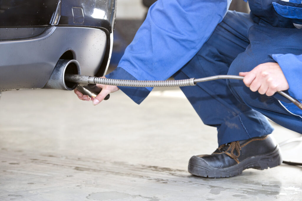 Emmission and Exhaust Check Mechanic
